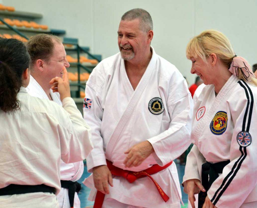 Gary Stringer Soke teaching martial arts